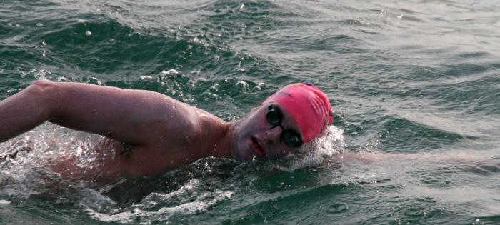 Nick Adams swims again!